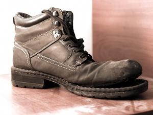 Нижегородский театр Драмы срочно ищет старую обувь