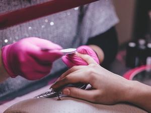Как ухаживать за ногтями, если ваш мастер ушел на карантин