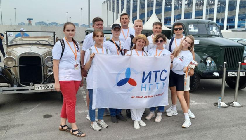 Волонтеры политеха помогали в проведении фестиваля «Горькийклассик-800» - фото 1