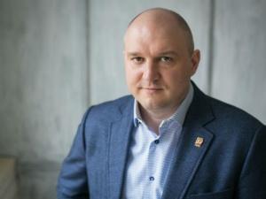Экс-депутата нижегородской Думы Валерия Гельжиниса подозревают в мошенничестве с аппаратами ИВЛ