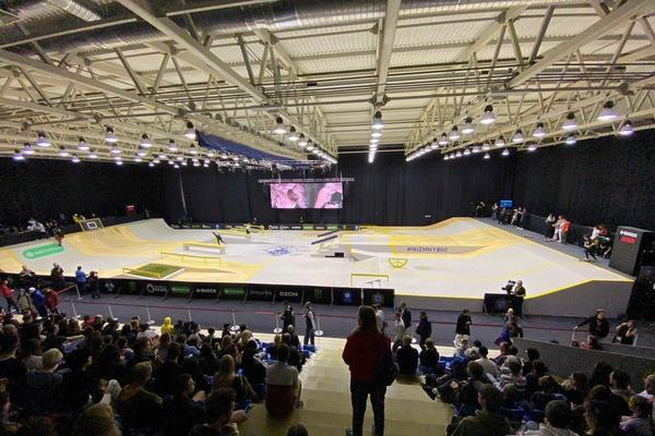 Мировые райдеры в ФОКе на Мещере: чем закончился первый в истории Чемпионат Европы по скейтбордингу