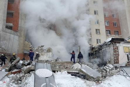 Жильцам пяти подъездов взорвавшегося дома на Мещере разрешили вернуться в квартиры