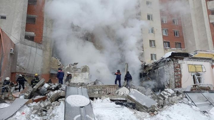 Жильцам пяти подъездов взорвавшегося дома на Мещере разрешили вернуться в квартиры - фото 1