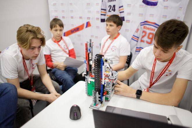 Национальный чемпионат по робототехнике стартовал в Нижнем Новгороде - фото 2