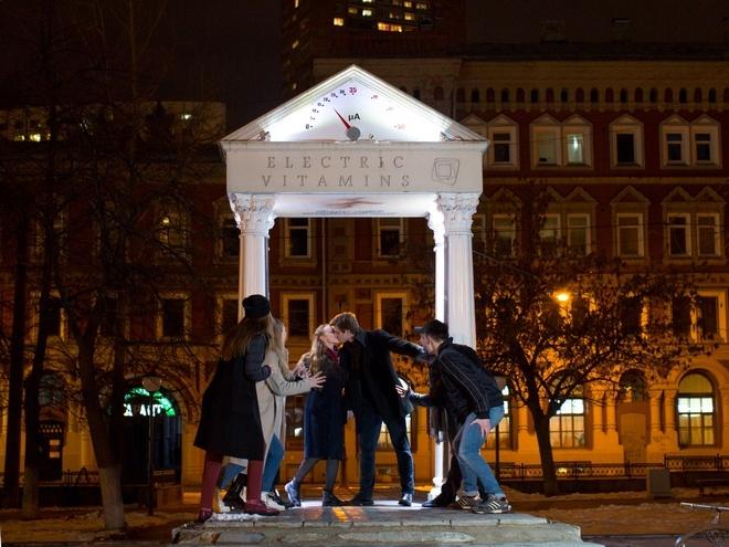 Нижегородцы просят сохранить Арку поцелуев на площади Маркина - фото 1