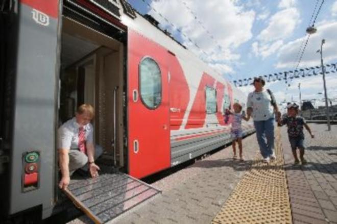 Фирменные поезда наПриволжской автодороги оборудовали особыми трапами для комфорта пассажиров