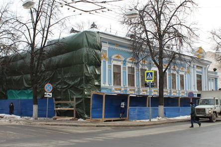 Отреставрированному Литературному музею на улице Минина вновь потребовался ремонт