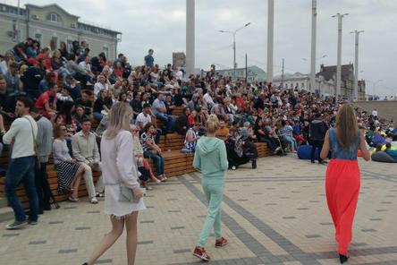 Летний кинотеатр «Горький fest» торжественно закроется в Нижнем Новгороде