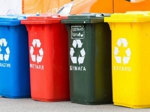 Вывозу мусора в Нижнем Новгороде мешают припаркованные машины
