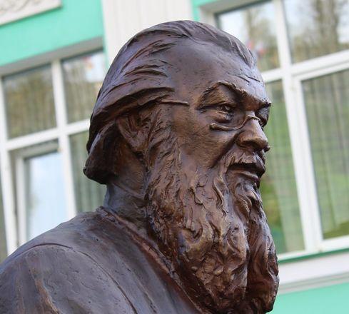 Памятник митрополиту Николаю появился в Нижнем Новгороде - фото 13