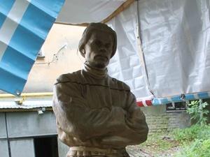 Нижегородцы выберут место для установки отреставрированного памятника Горькому