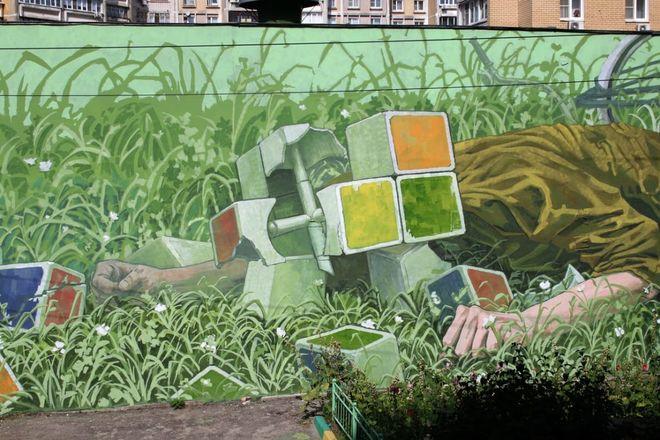 Художник из Казани создал персонажей-рубиков в Нижнем Новгороде - фото 1