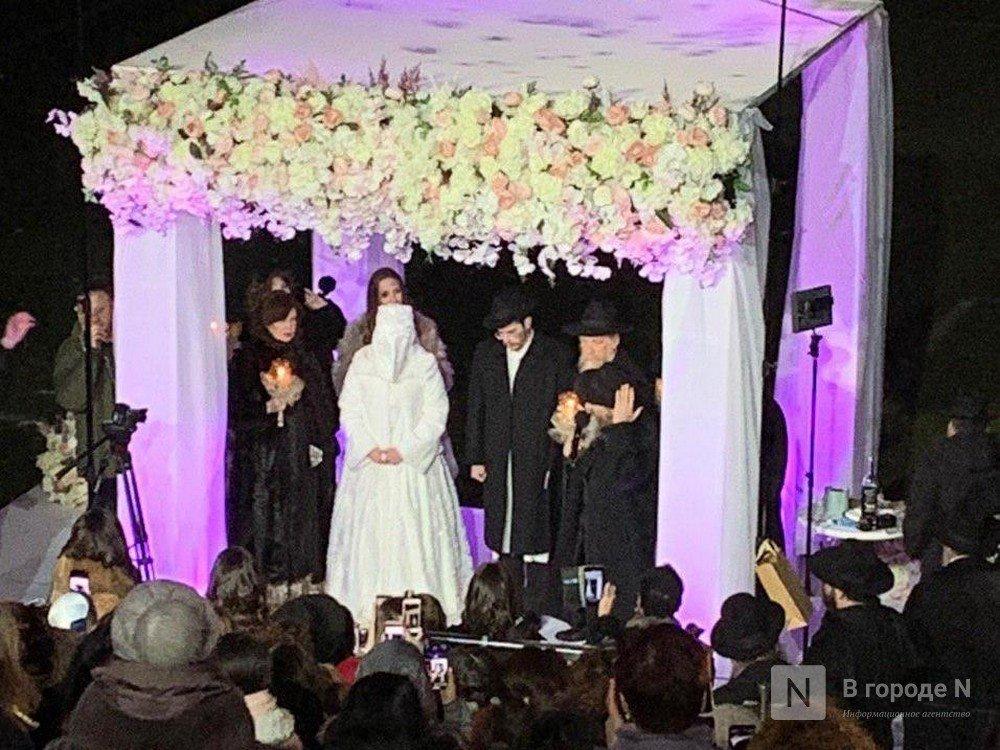 Хороводы и церемония под хупой: появились кадры масштабной еврейской свадьбы со стадиона на Стрелке - фото 2