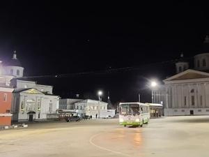 «Нижновэнерго» установил на центральной площади Арзамаса новое светодиодное освещение