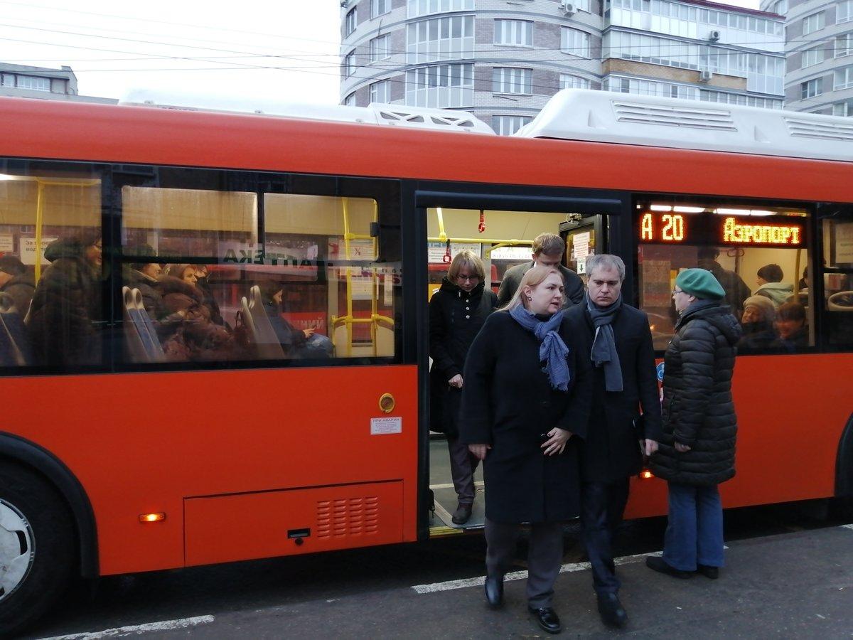 Мэр Нижнего Новгорода попробовал добраться до работы на автобусе - фото 2