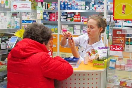 Российских аптекарей будут наказывать за навязывание лекарств