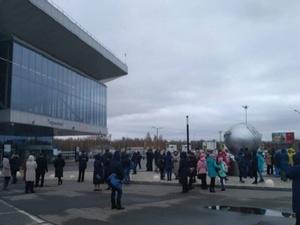 Неизвестный сообщил о минировании трех ТЦ в Нижнем Новгороде
